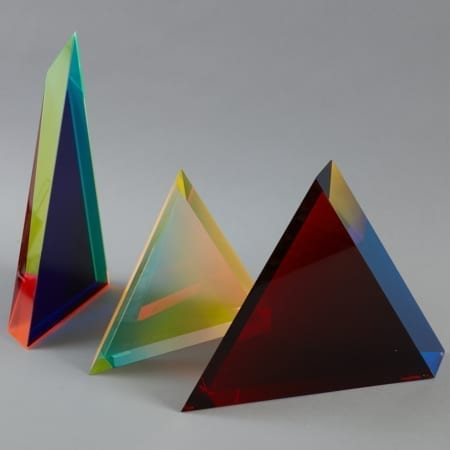Lot 086: Velizar Mihich VASA 3 Acrylic Triangles Fine and Decorative Arts of the Globe - Jan 19 2019 Art of World
