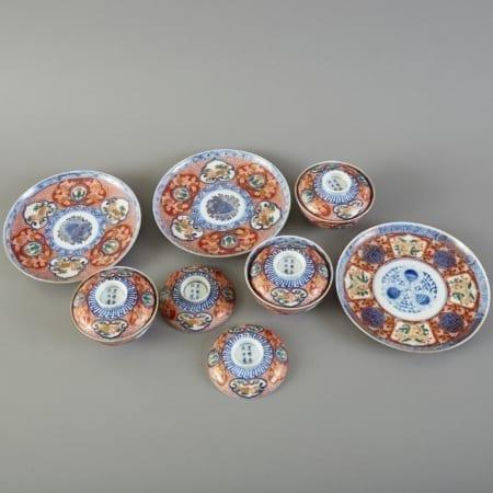Lot 153: Set of Japanese Imari Dishes with Blue Underglazed Mark Fine and Decorative Arts of the Globe - Jan 19 2019 Art of World