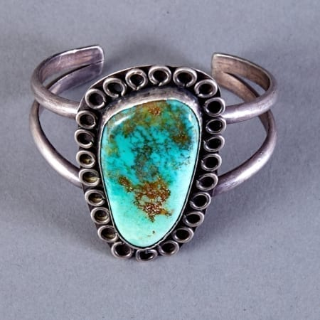 Lot 349: Navajo Sterling and Turquoise Bracelet c. 1950s-1960s Fine and Decorative Arts of the Globe - Jan 19 2019 Art of World