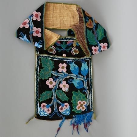 Lot 263: Ojibwe Beaded Bandolier Bag Late 19th c. Fine and Decorative Arts of the Globe - Jan 19 2019 Art of World