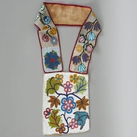 Lot 261: Ojibwe Bandolier Bag Late 19th c. Fine and Decorative Arts of the Globe - Jan 19 2019 Art of World