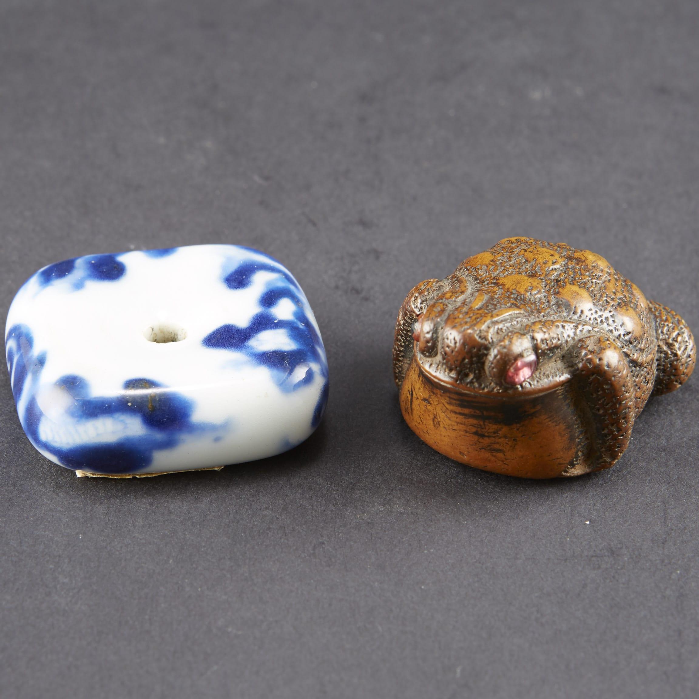 Lot 081: Japanese Boxwood Toad Netsuke and Porcelain Manju