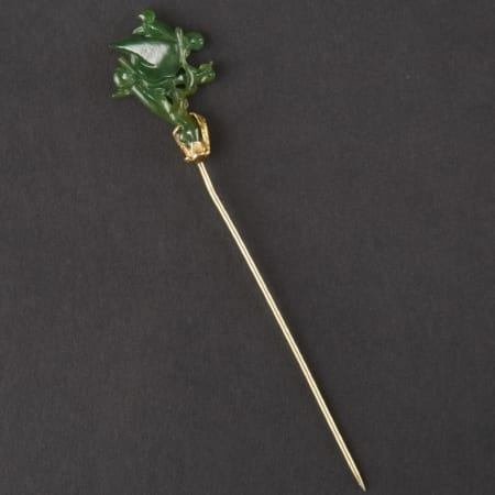 Lot 027: Gold Hairpin with Apple-Green Jade Bird Asian Art and Decorative Art (Day Two) - Sep 29 2018 Asian Art