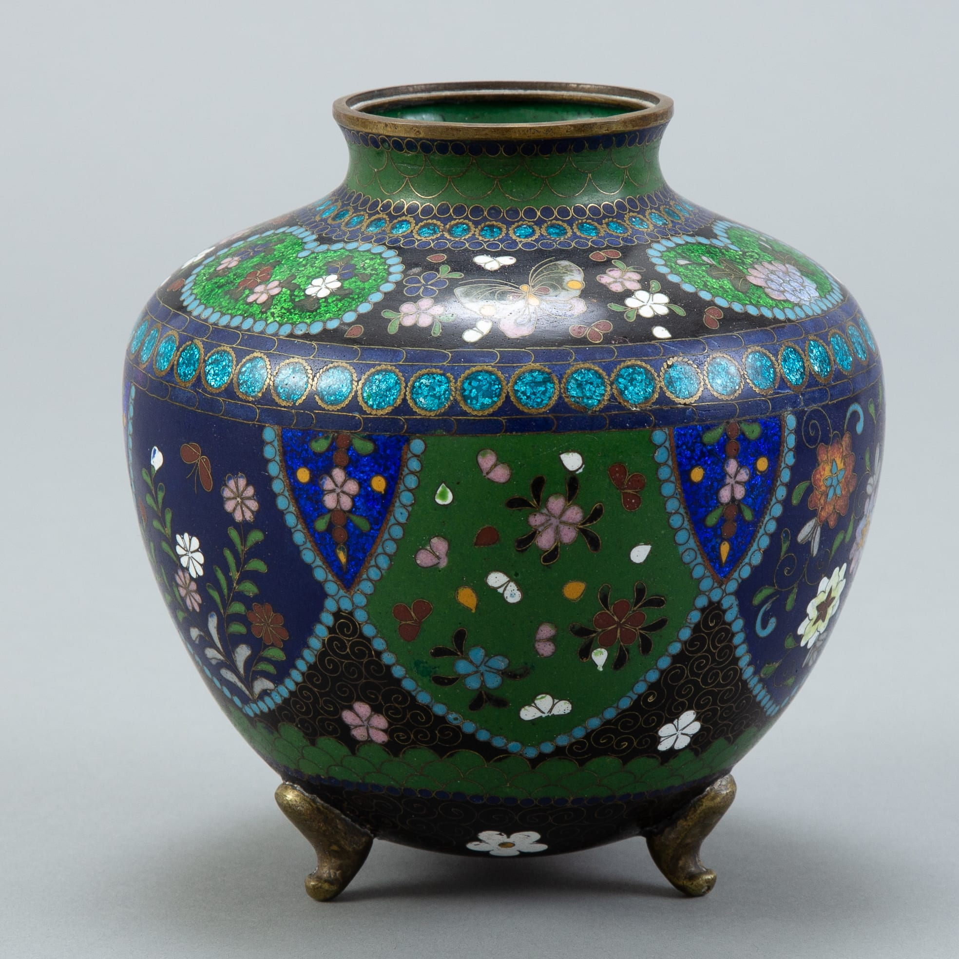 Lot 011: Japanese Meiji Cloisonne Vase - Flowers