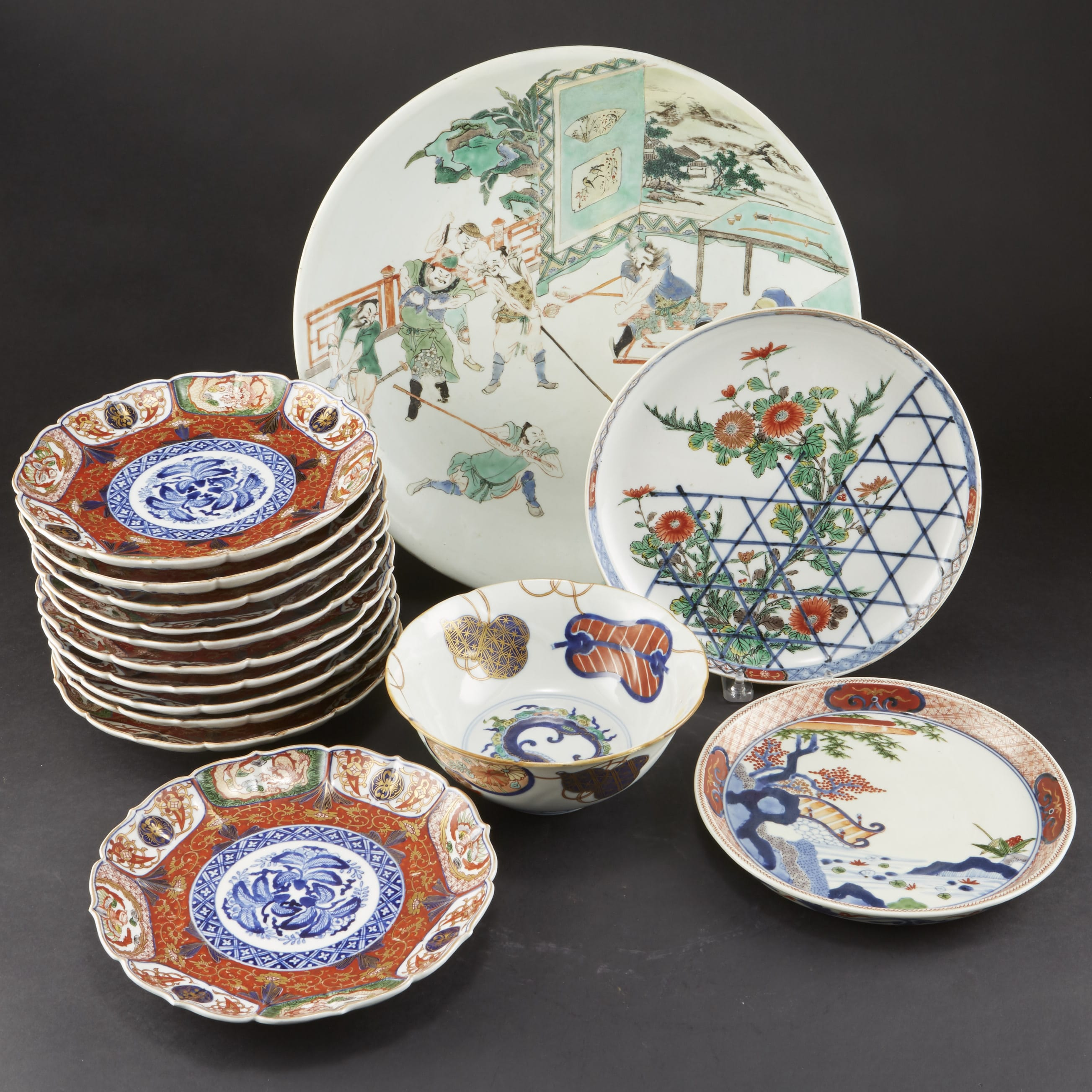 Lot 084: 16 Japanese 18th/19th Century Imari Plates and Bowls