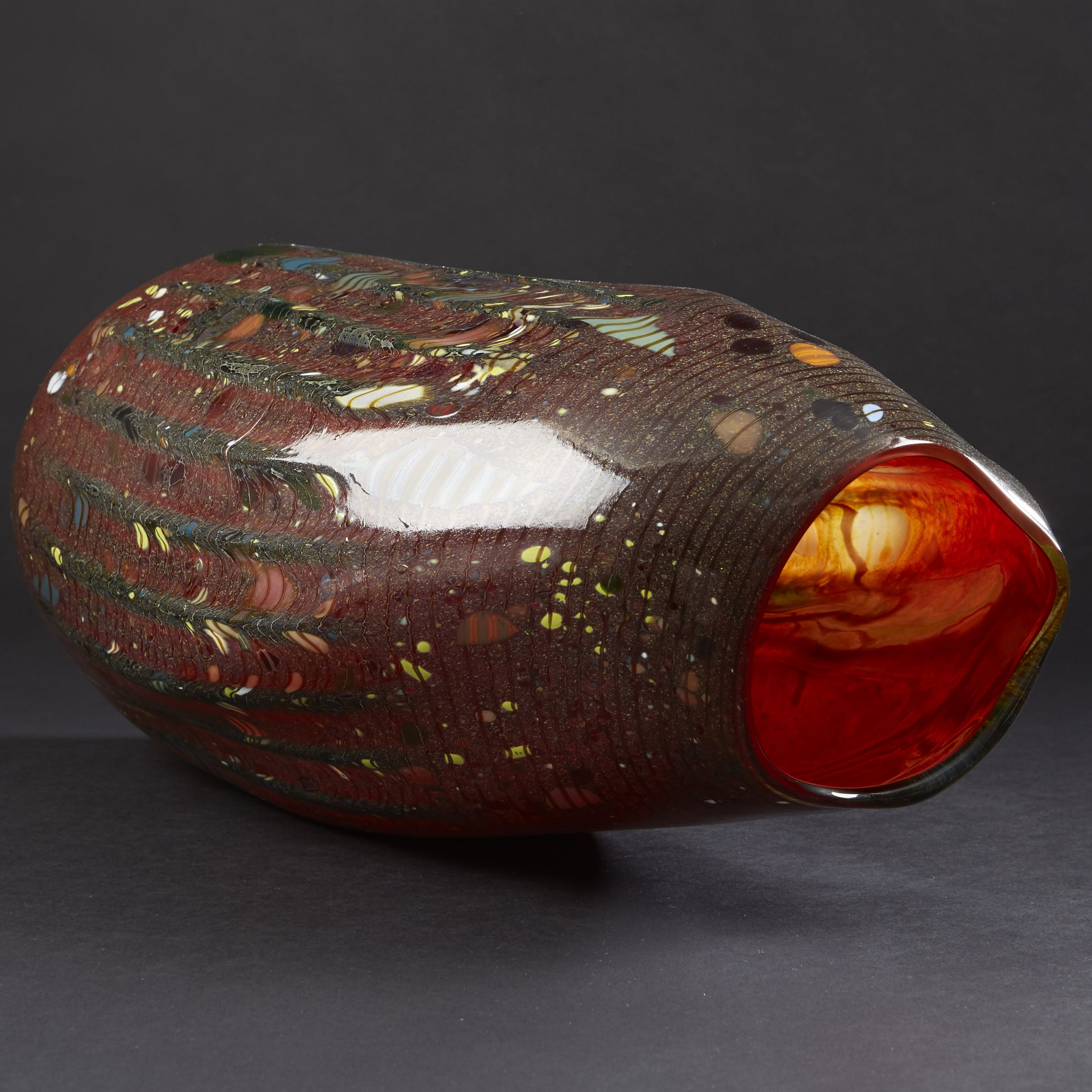Lot 041: Chihuly Soft Cylinder Vase