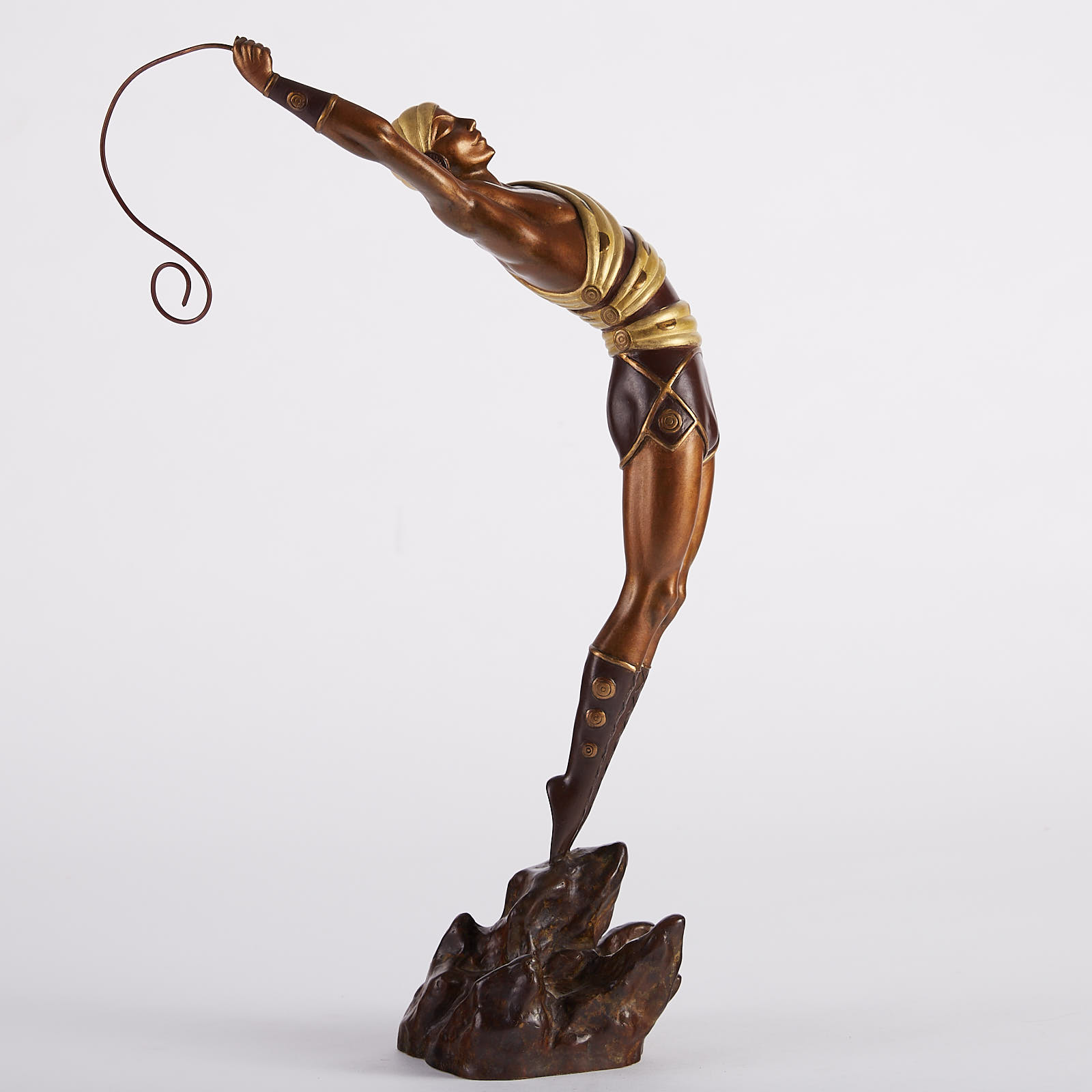 "Lot 038: Erte Bronze ""Le Danseur"""