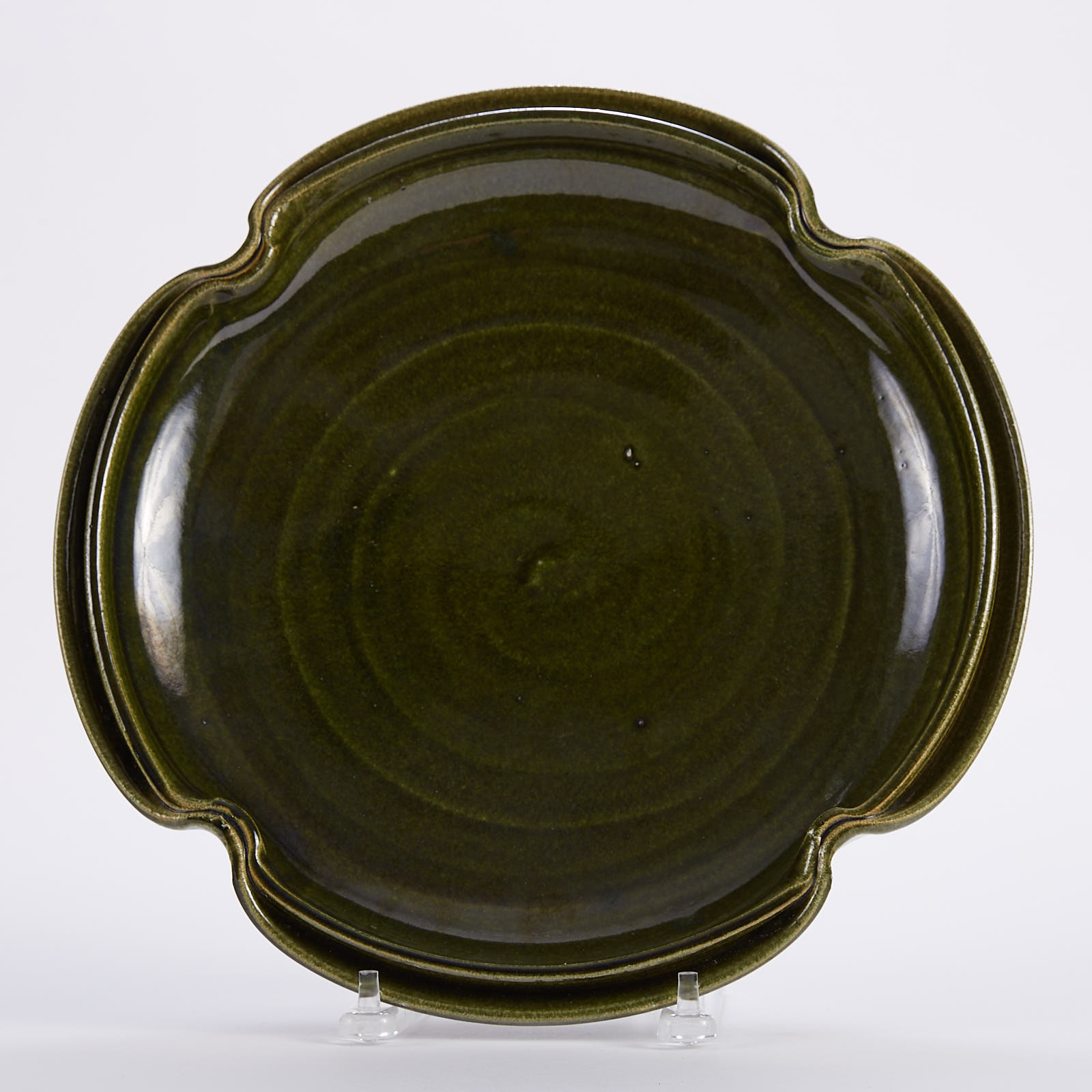 Lot 008: Warren MacKenzie Large Green Studio Pottery Platter
