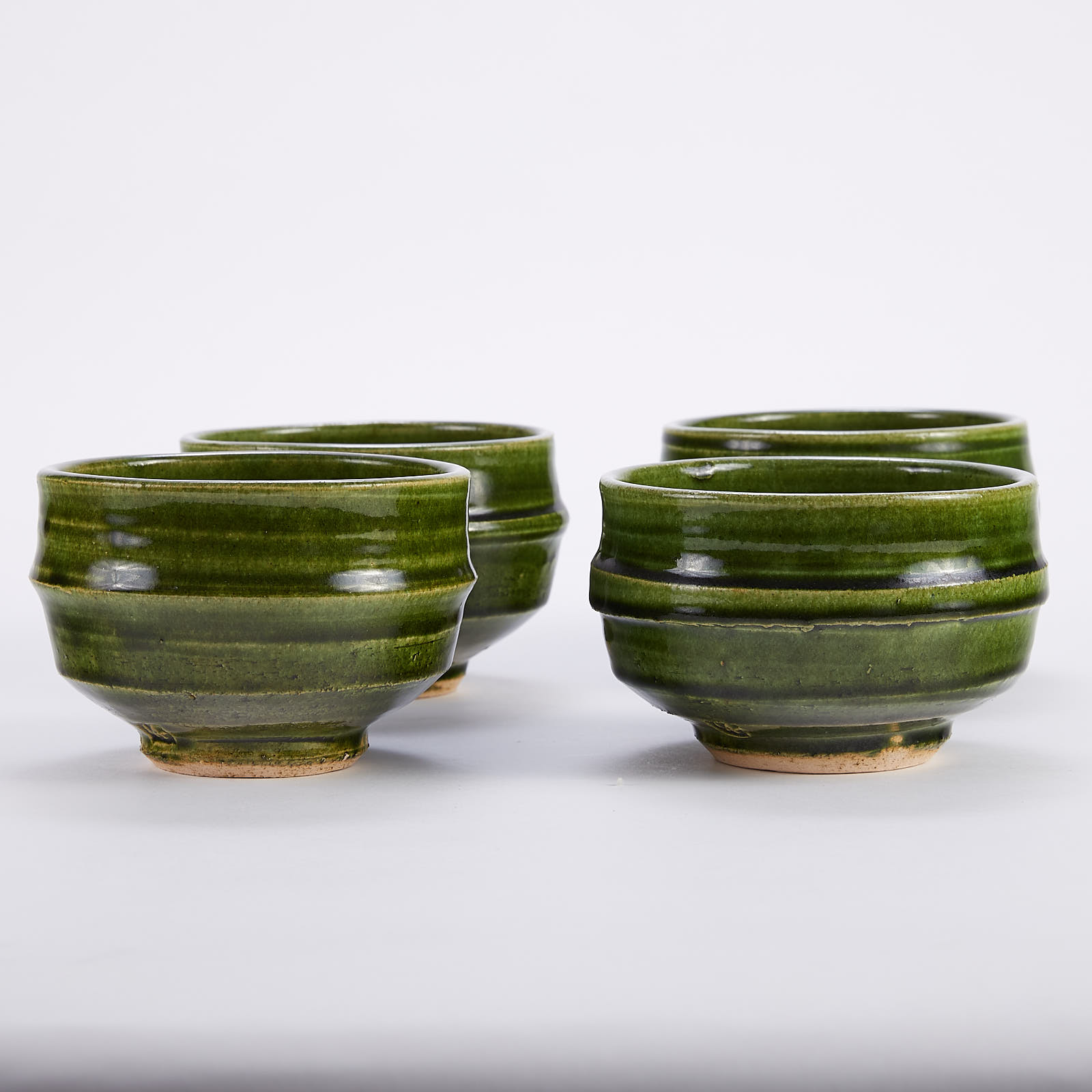 Lot 017: Set of 4 Warren MacKenzie Studio Pottery Bowls Green Glaze Mrkd